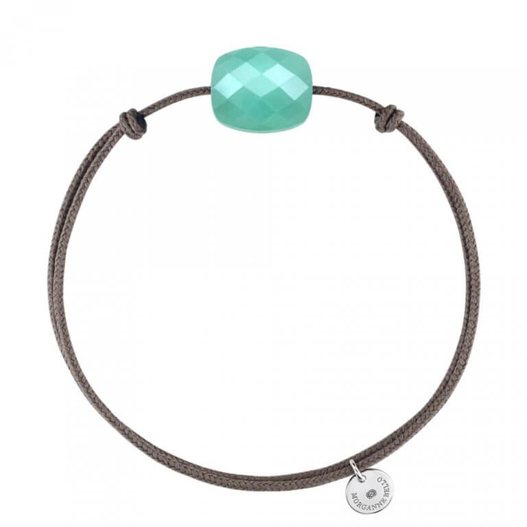 Morganne Bello - Friandise coussin Bracelet avec cordon taupe, vert clair, gris, rose pâle et bleu roi.