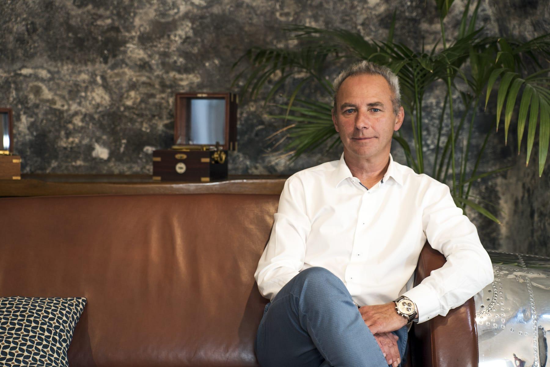 Manuel Sanchez, Sales advisor