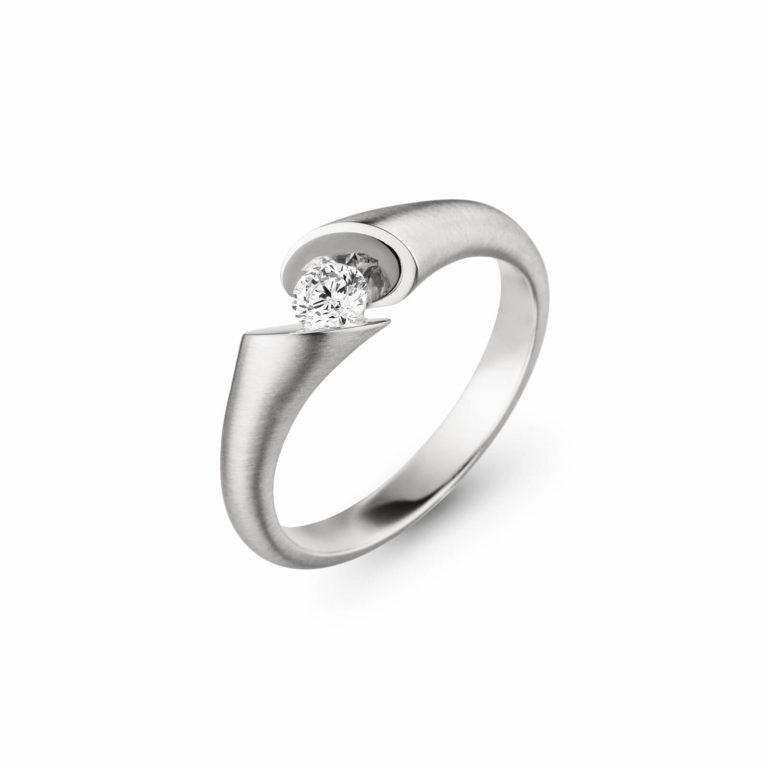 Schaffrath - Calla solitaire en or blanc palladium satiné serti d'un diamant